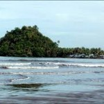 6-Pantai Air Manis, Sumatra Barat