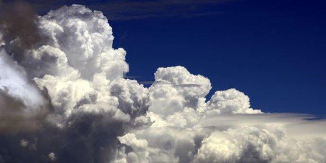 1b-awan-cumulonimbus-rev3