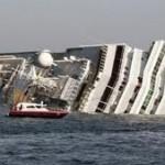 kapal titanic tenggelam