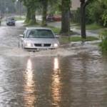 Banjir dan mobil