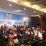 Remaja Bali membuat antibiotic dari Alga Hijau
