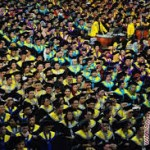 wisuda mahasiswa universitas andalas