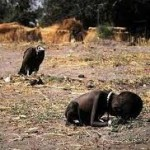 gadis yg menangis kelaparan & merangkak menuju camp pengungsian PBB