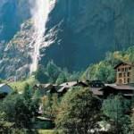 desa Lauterbrunnen di Swiss