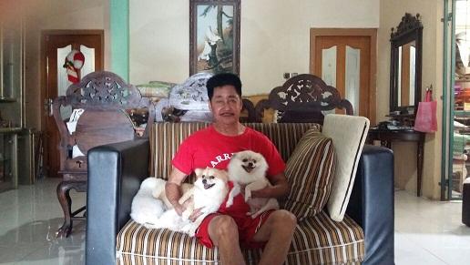 Harry Effendy dan anjingnya
