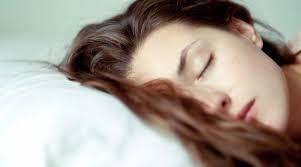 tidur rambut basah