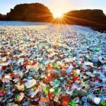 Pantai berpasir Kaca di Jepang