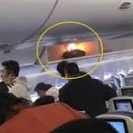 barang bawaan di overhead pesawat