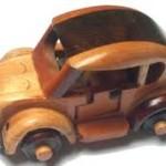 Kreasi miniatur Mobil kayu antik asal Karanganyar