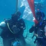 Peringatan Sumpah Pemuda UB di bawah laut