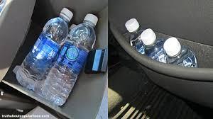 Hoax lagi tentang air minum yang disimpan di mobil