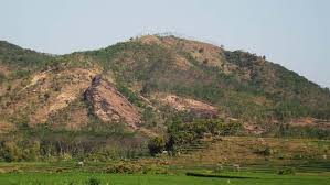 gunung klotok