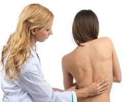 Tentang Skoliosis kelainan pada Tulang Belakang