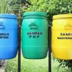 Membuang Mantan Ke Tempat Sampah dan Meme Kocak