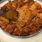 Pecinta Pedas Wajib Coba Dakgalbi Cocol Keju
