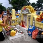 Sakralnya Ceng Beng di p. Bangka Ritual Bhakti Kepada Leluhur