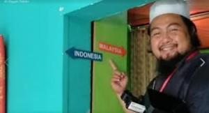 Lokasi Rumah Ini Di Garis Batas Malaysia-Indonesia