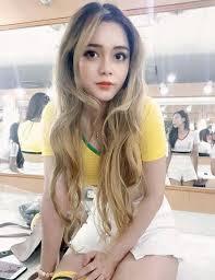 Cao Diep Anh Miss Vietnam Bergaun Pendek