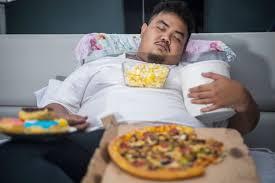 Langsung Tidur Setelah Makan Pencernaan Bisa Bermasalah