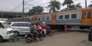 Masinis Tinggalkan Kereta Di Tengah Jalan Buat Jajan-Ini Klarifikasi-KAI