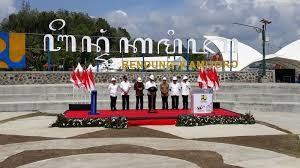 Bendung Kamijoro Diresmikan-Jokowi Ingin Petani Kian Sejahtera
