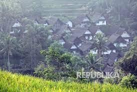 Kampung Naga Ikhtiar Jaga Tradisi Adat Dan Islam