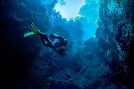 Ditemukan Di Bawah Laut Mata Raksasa Misterius Hingga Kuburan